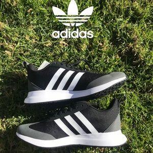 Adidas training retro sneaker women's